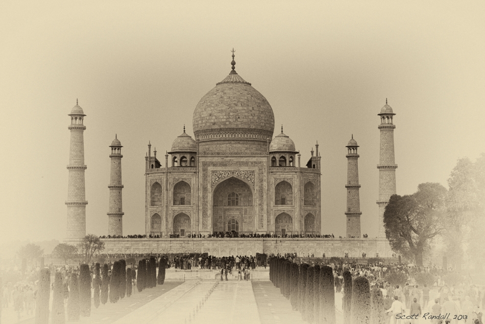 The Taj Mahal - lives up to its reputation